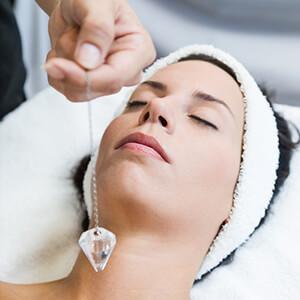 درمان با کریستال کوراتز