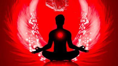 روانشناسی رنگ قرمز-رنگ درمانی با سنگهای قرمز رنگ