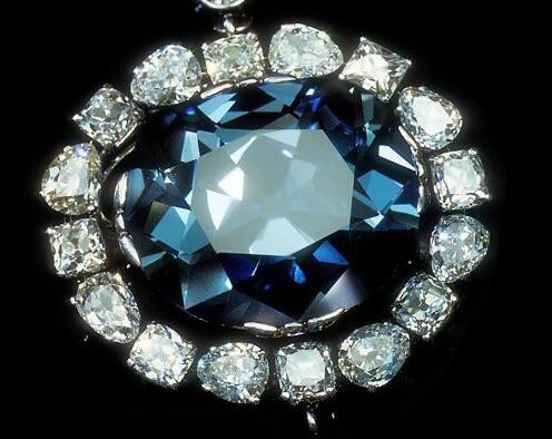 الماس آبی زیبا hope