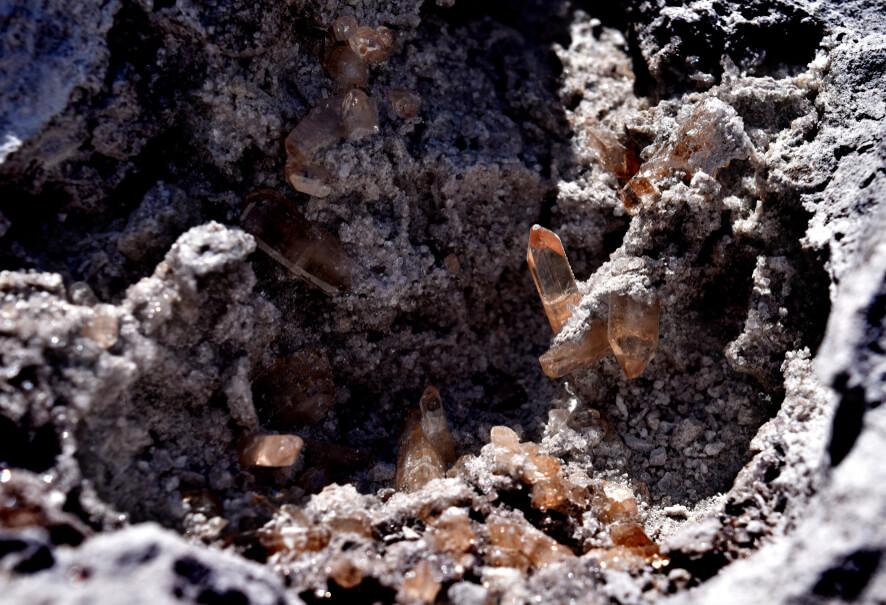 مشخصات سنگ توپاز