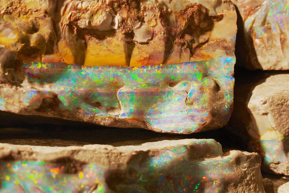 تشکیل سنگ اوپال طبیعی