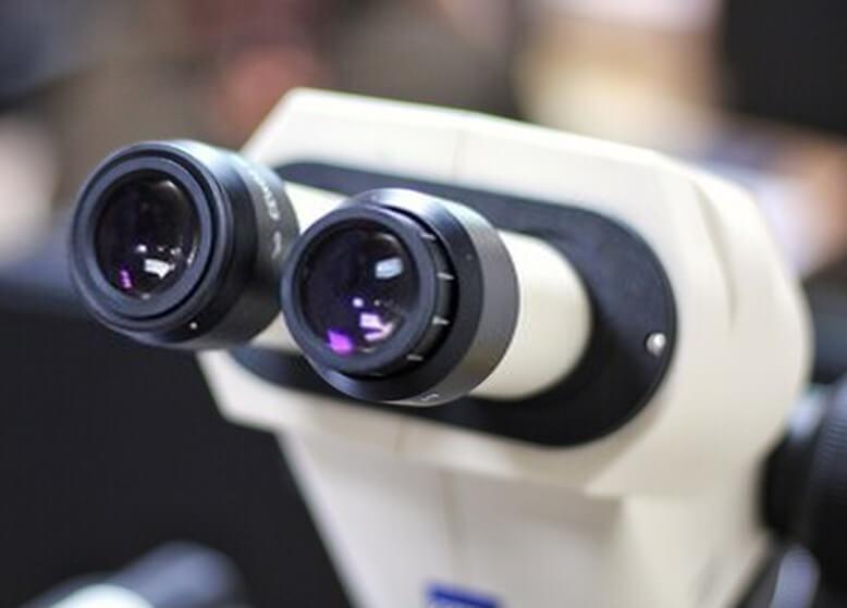 میکروسکوپ دو چشمی گوهر شناسی