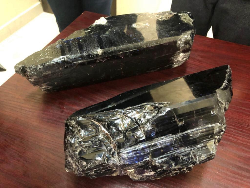 گرانقیمت ترین سنگ تانزانیت در جهان