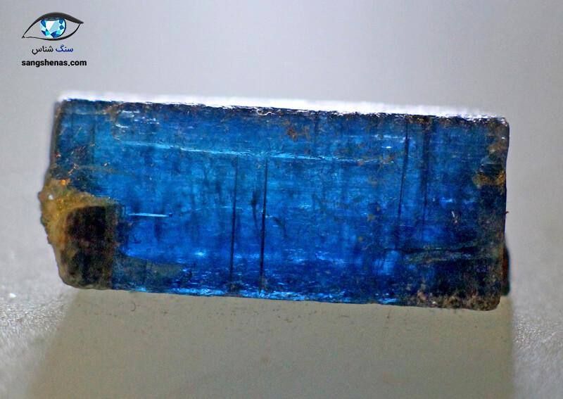 خواص کیانیت آبی رنگ