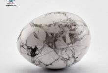 تصویر از هولیت چیست؟ خواص سنگ هولیت و ویژگی های آن