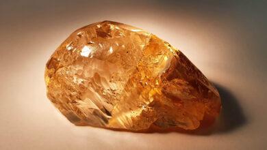 کشف راف الماس زرد-قهوه ای بزرگ در روسیه