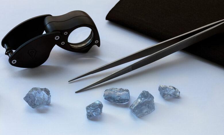 تصویر از استخراج 5 الماس آبی از معدن کولینان آفریقای جنوبی