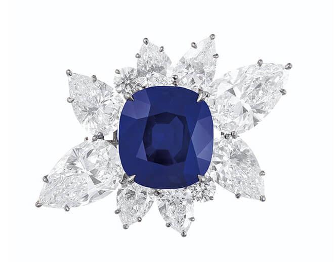 دستبند یاقوت آبی کشمیر سلطنتی 6 میلیون دلاری