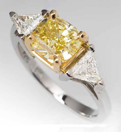 انگشتر الماس زرد