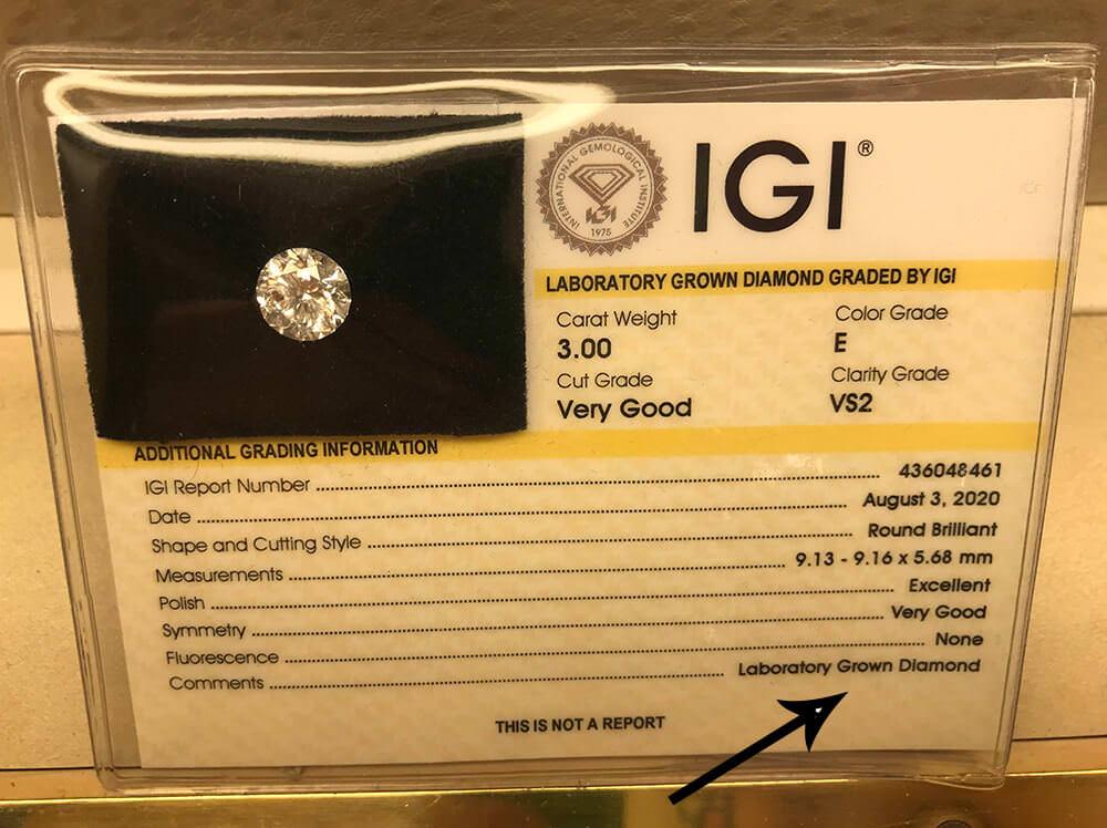 یک شناسنامه الماس مصنوعی گرید شده توسط IGI